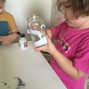 Super Simple Mummy Jar Latern Craft