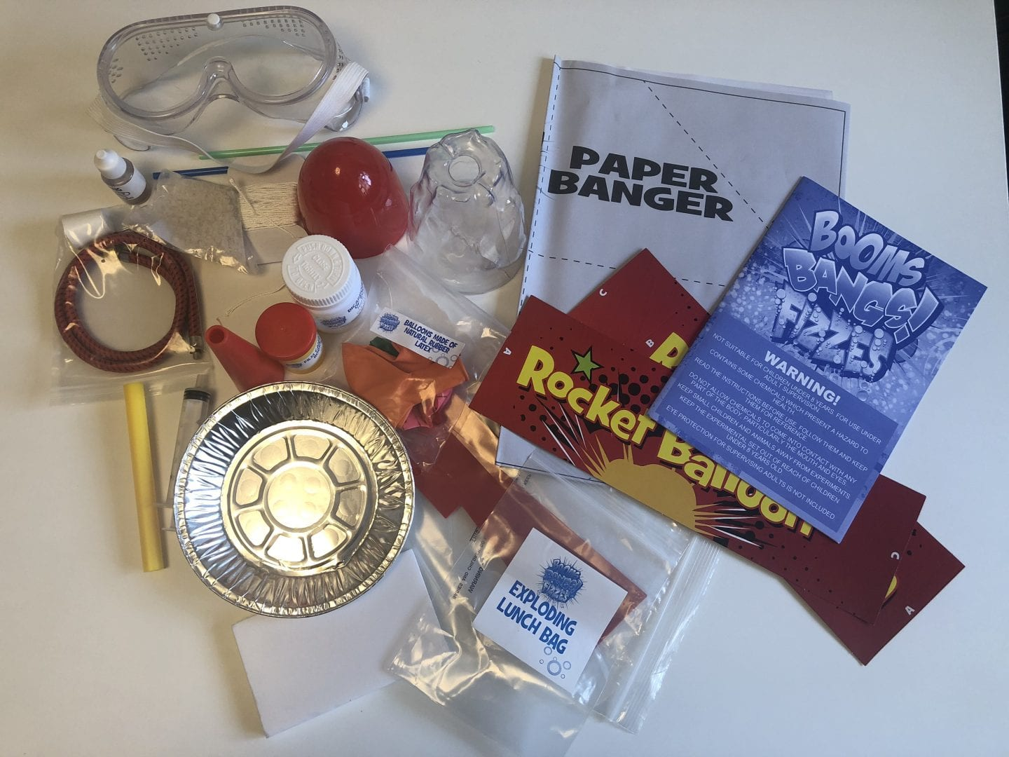 The contents of the Booms, Bangs!, Fizzes experiment kit.
